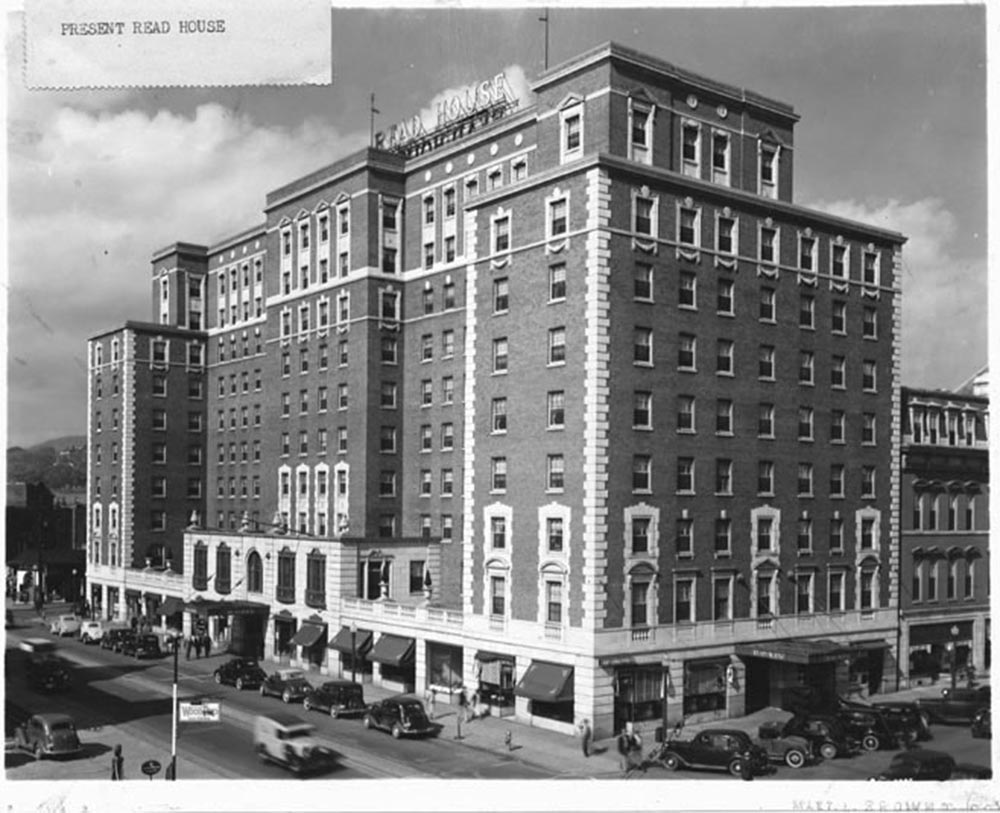 historical black and white photo of the read house hotel